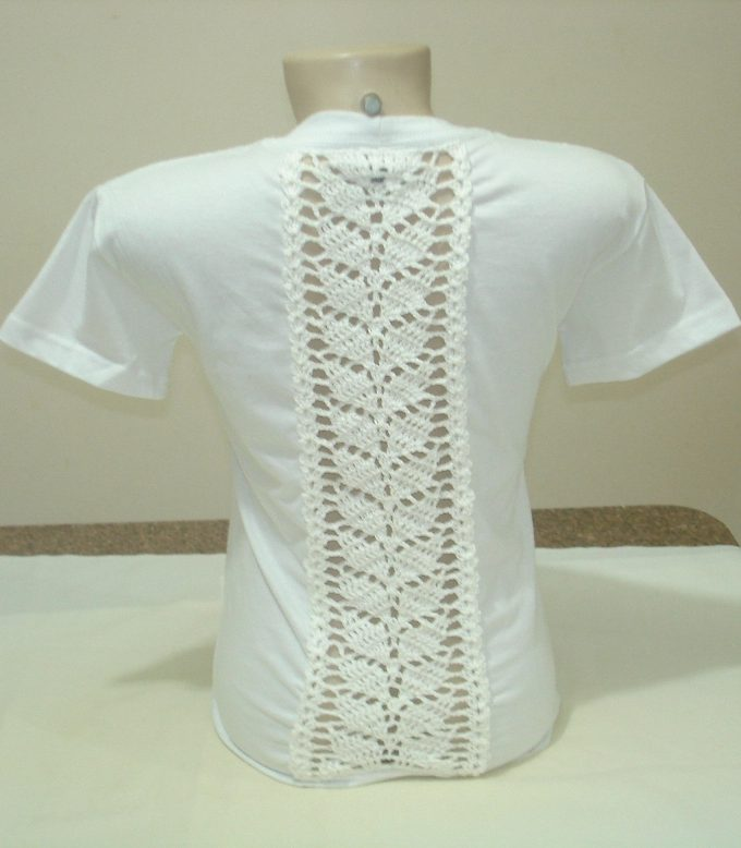 baby-look-customizada-com-croche-1