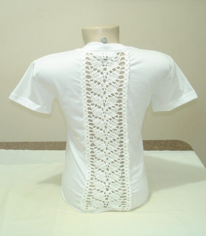 baby-look-customizada-com-croche-2